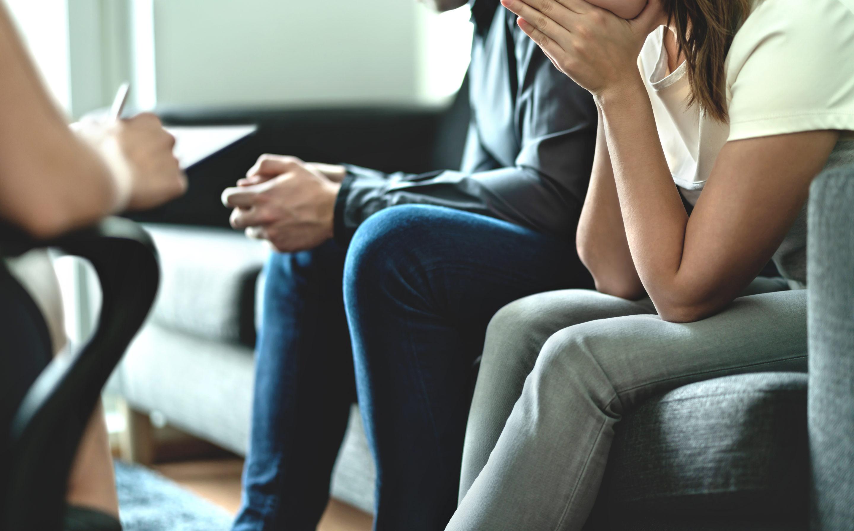 Une thérapie de couple permet d'éviter les situations tendues à la maison